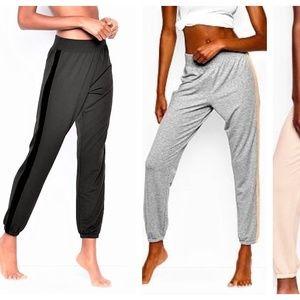 M Victoria's Secret BLACK Velvet Trim Jogger pants